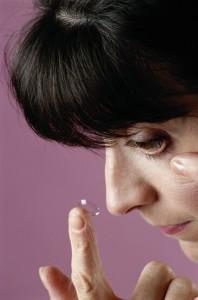 Bei einer Bindehautentzündung sollten keine Kontaktlinsen getragen werden.